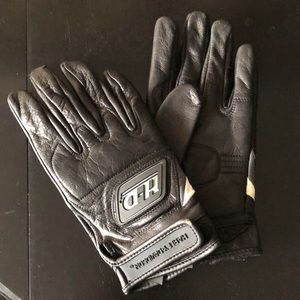 Genuine Harley-Davidson ridding gloves. Sz M